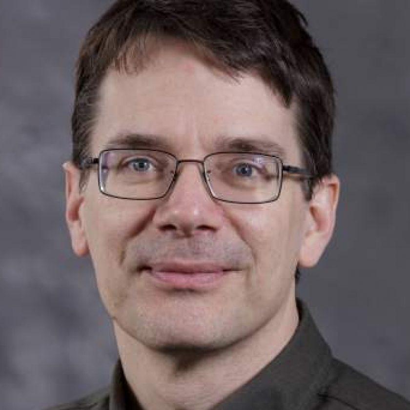 Eric Klavins Headshot