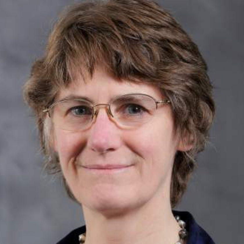 Mari Ostendorf Headshot