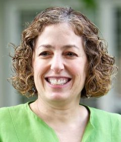 Eve Riskin honored by ECEDHA with Diversity Award