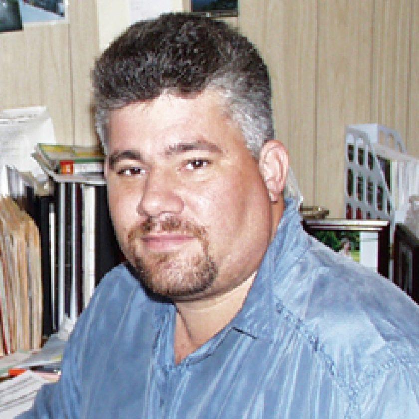 Sixto Gonzalez Headshot