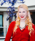 EE Alum, Kasey Champion, Forges Her Own Career Path at Microsoft Thumbnail