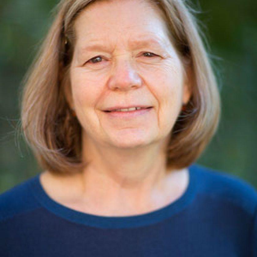 Mary Lidstrom Headshot