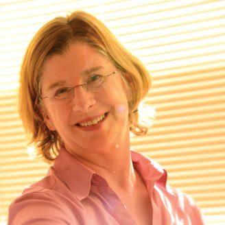 Sarah Kate Wilson Headshot
