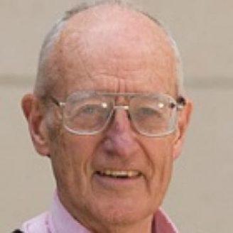 Daniel DeBra Headshot