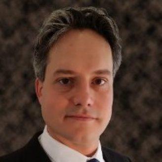 Henning Braunisch Headshot