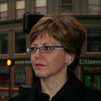 Athina Petropulu Headshot
