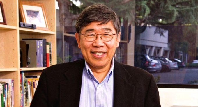 Alum George Huang to be UW EE's 2017 Graduation Speaker Banner
