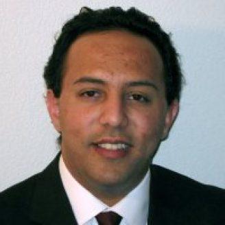 Aydin Babakhani Headshot