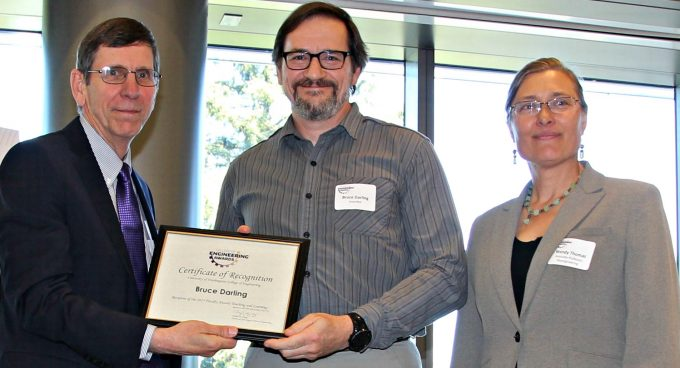 Professor Bruce Darling receives COE Faculty Award in Teaching Banner