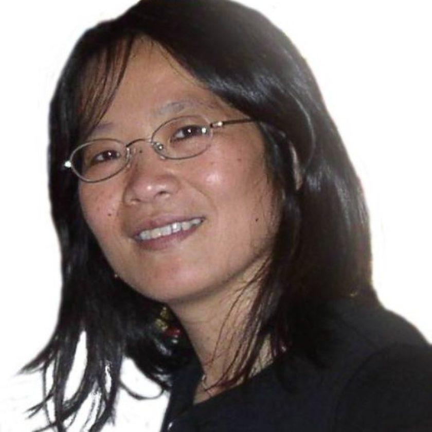 Mei-Yuh Hwang Headshot