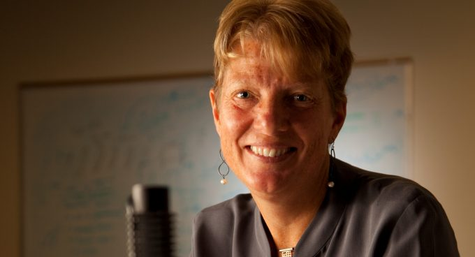 Dr. Lisa Zurk to join UW EE as a full professor, the Applied Physics Laboratory as Executive Director Banner