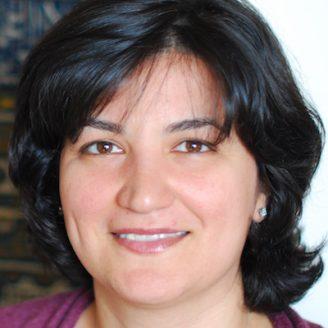 Azadeh Yazdan-Shahmorad Headshot
