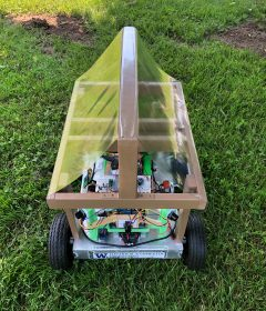 ECE students create robot to help farmers for ENGINE program