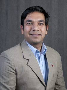 EE alum and WSU Assistant Professor Subhanshu Gupta